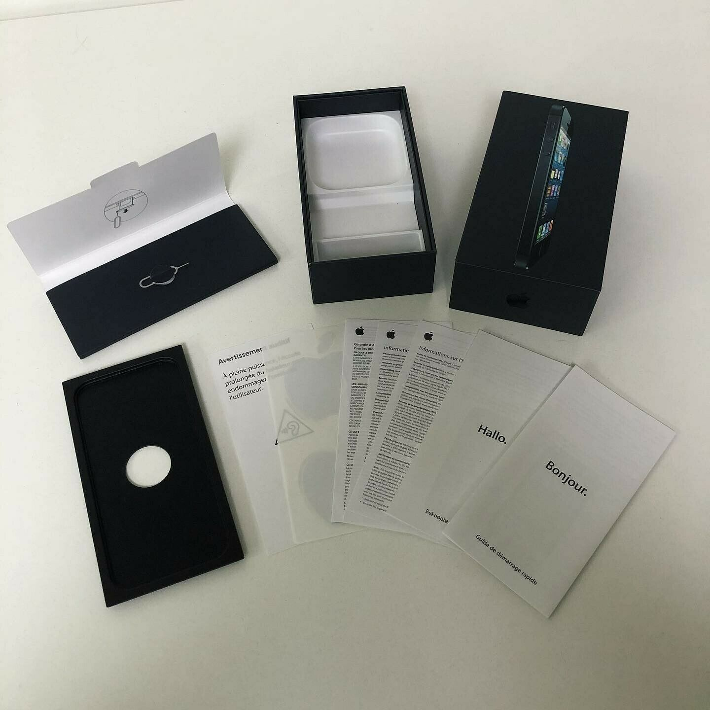 Apple iPhone 5 16GB Black BOX ONLY (+ paperwork, Apple stickers, ...)