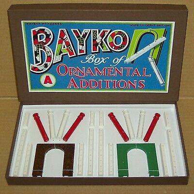 ORIGINAL 1938 VINTAGE BAYKO ORNAMENTAL ADDITIONS SET 'A'. VERY RARE PRE-WAR SET