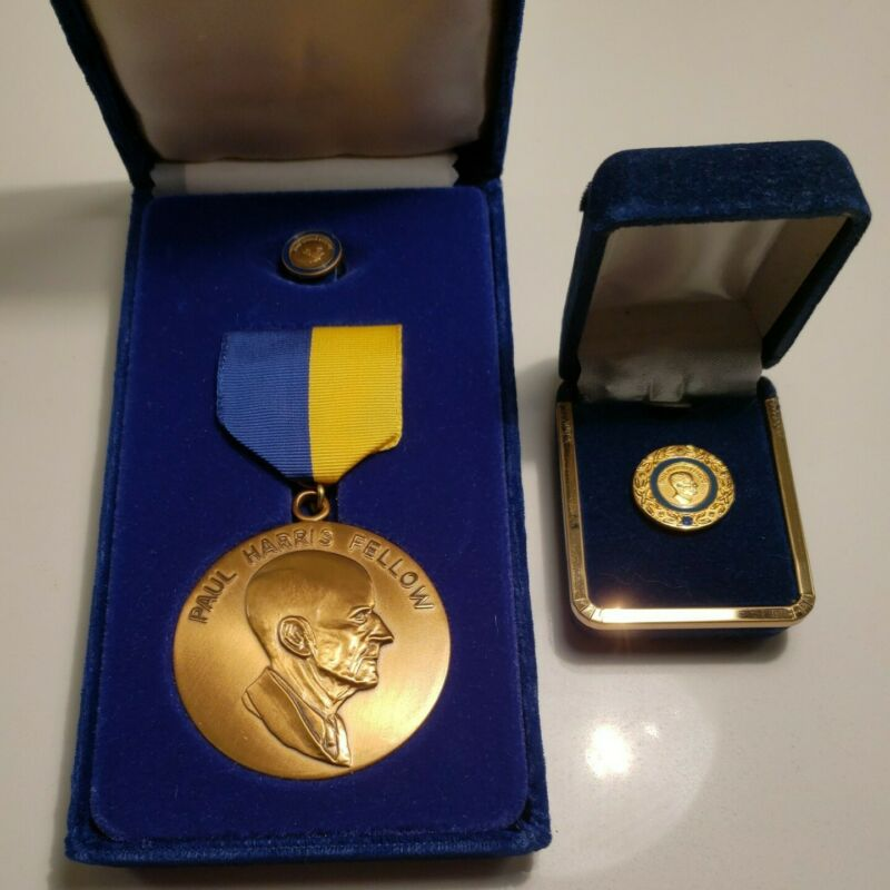 Paul Harris Fellow Rotary Foundation Medal & Tie Tac Set + 1 Sapphire Lapel Pin