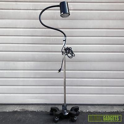 Gooseneck Exam Lamp - Goodwin Giraffe Gooseneck Halo Mobile Caster Exam Lamp