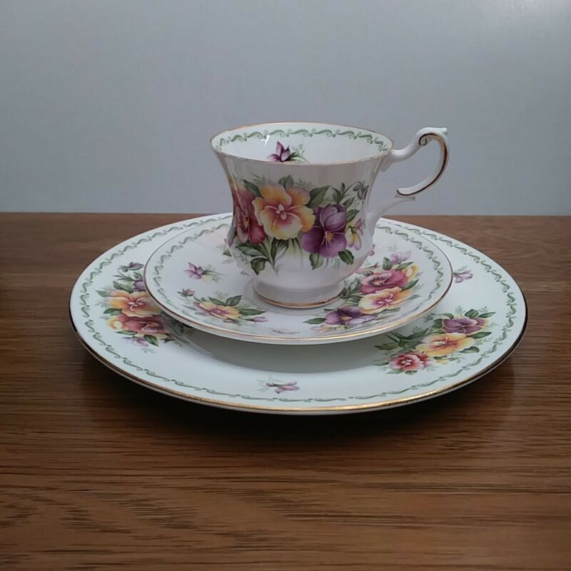 """Queen's Rosina """"Pansy"""" from Special Flowers Teacup, Saucer & Plate Tea Trio"""