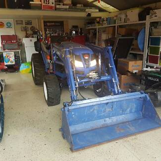 Iseki Tractor Narre Warren South Casey Area Preview