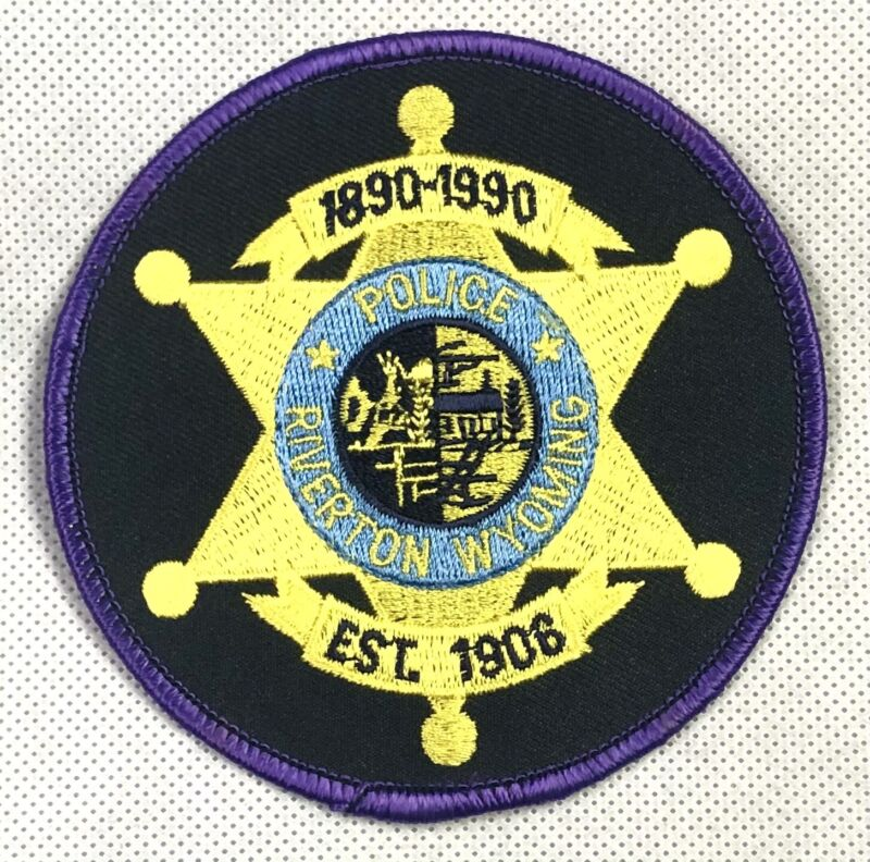 Vintage Riverton Wyoming Police Shoulder Patch Gold Star 1890-1990 100 Years