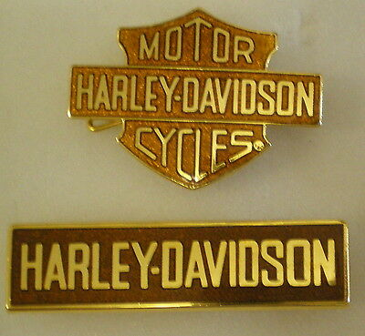 HARLEY DAVIDSON MOTOR CYCLES 2 x Enamel Lapel Pin Badges MOTORBIKE Lot 2