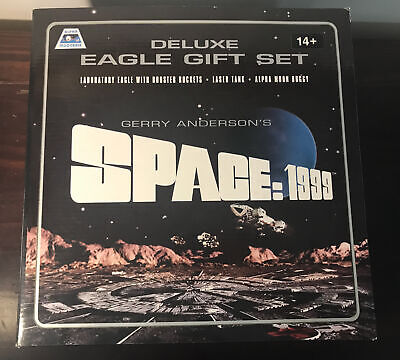 Space: 1999 Deluxe Eagle Gift Set New