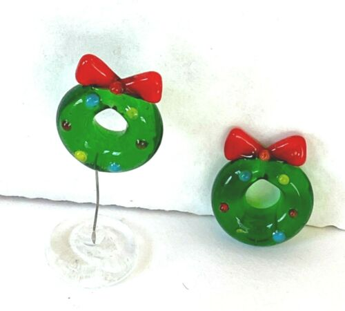 Miniature Glass Figurine Christmas Wreath Winter Pick 1 On Stand or Tiny