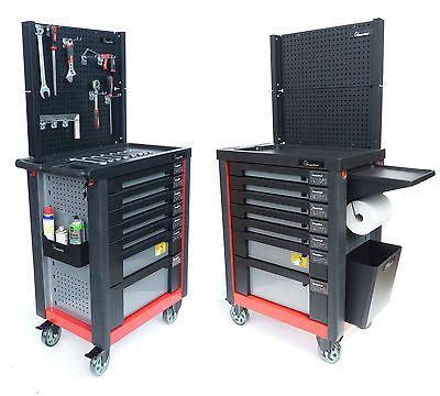 Werkzeugwagen Werkstattwagen gefüllt mit Werkzeug Werkzeugkasten werkzeugkoffer