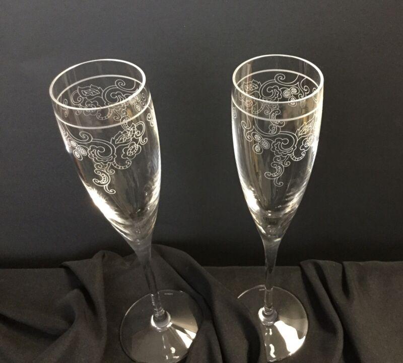 Lenox Etched Crystal Champagne Flutes / Set of 2 Glasses