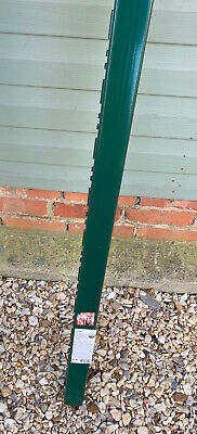 Blooma Green Fence Panel Post With Notches (130cm x 7cm x 6cm), New