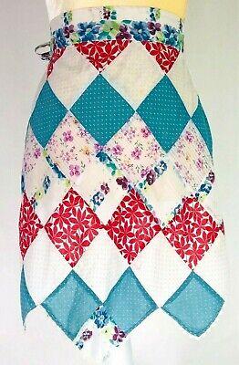 Vintage Aprons, Retro Aprons, Old Fashioned Aprons & Patterns Vintage Half Apron Patchwork Quilt  $15.98 AT vintagedancer.com