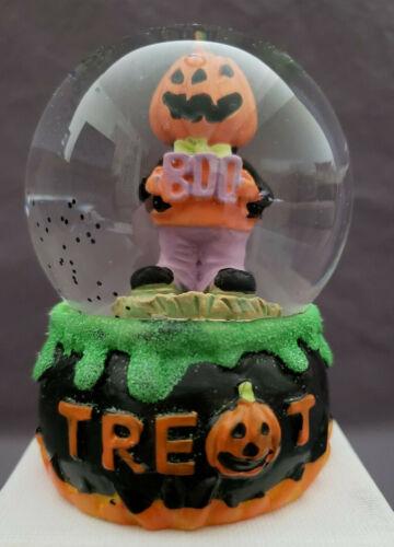 Halloween Mini Water Snow Globe Pumpkin Head & BOO Sign in Cauldron – Very Cute!