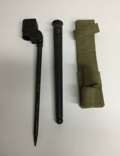 WW2 BRITISH CANADIAN SPIKE BAYONET SCABBARD AND FROG