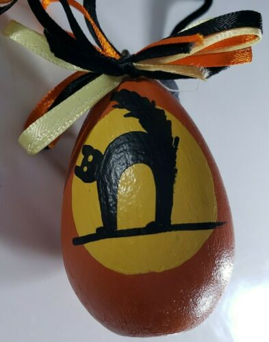 Vintage Halloween Wood Egg Painted Black Cat Black Corded Ribbon Necklace 🎃