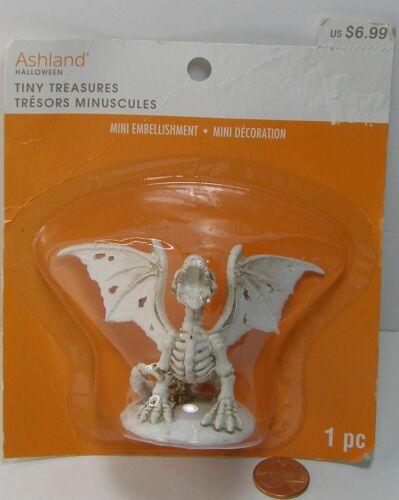 Ashland Halloween Tiny Treasures Bone Dragon 637760   BZZ