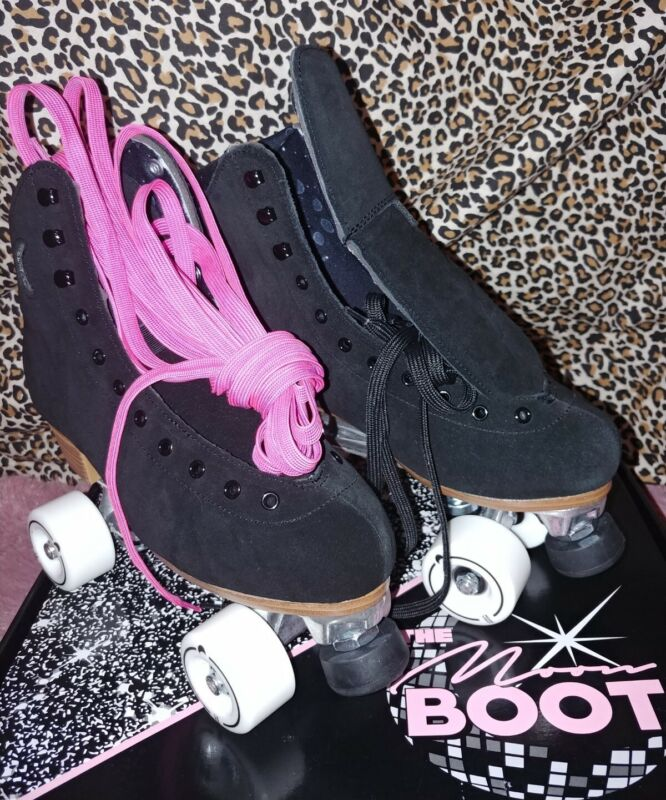 🌚Moonlight Roller Skates, Night Fever🌌 Size8(wms 9-9.5) like moxi lolly