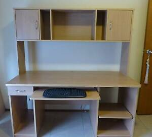 Price reduced - Desk & hutch and office chair Nowra Nowra-Bomaderry Preview