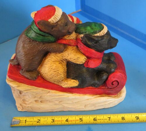 2004 Telle M Stein 3 Lab Pups Sleighing Statue The Stone Bunny Inc #0927