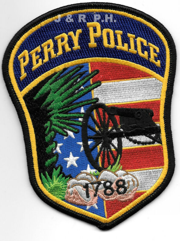 "Perry - 1788, South Carolina  (4"" x 5"" size)  shoulder police patch (fire)"