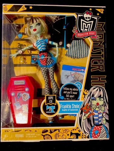 Monster High Doll Set Frankie Stein Home Ick In Box Halloween - $23.50