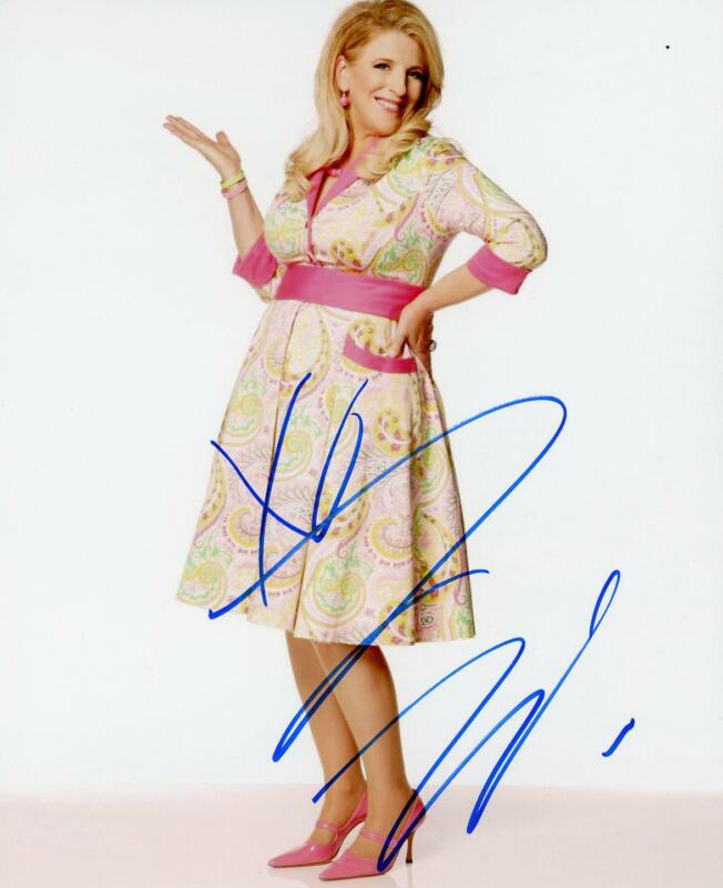 """Lisa Lampanelli """"Queen of Mean"""" AUTOGRAPH Signed 8x10 Photo"""