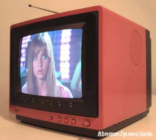 "RCA VINTAGE TELEVISION SET 1987 RETRO PINK CABINET 9"" COLOR SCREEN XL-100"