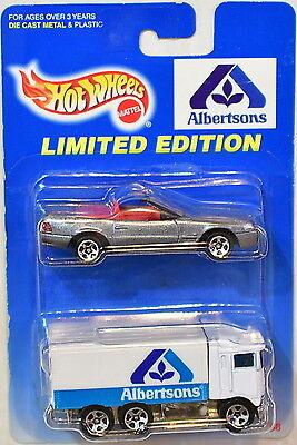 Hot Wheels 1997 Albertsons Mercedes Benz 500Sl   Hiway Hauler 2 Car Pack