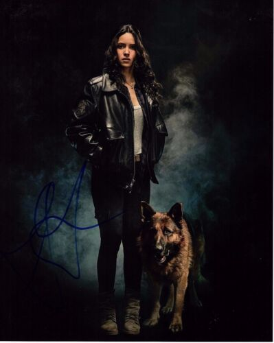 ADRIA ARJONA SIGNED EMERALD CITY 8X10 PHOTO! DOROTHY! SEXY BABE! AUTOGRAPH