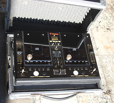 VESTAX CDX 12 M/B Mixer Case in Butterfly-Koffer