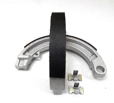 Vespa V50 N S L R 50 Special PV ET3 Bremsbeläge Bremsbacken Bremse vorn NEU