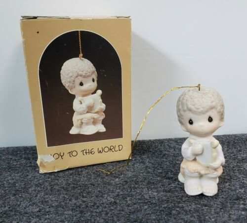 Precious Moments Ornament 1984 Joy to the World E-5388 w/ original box Enesco