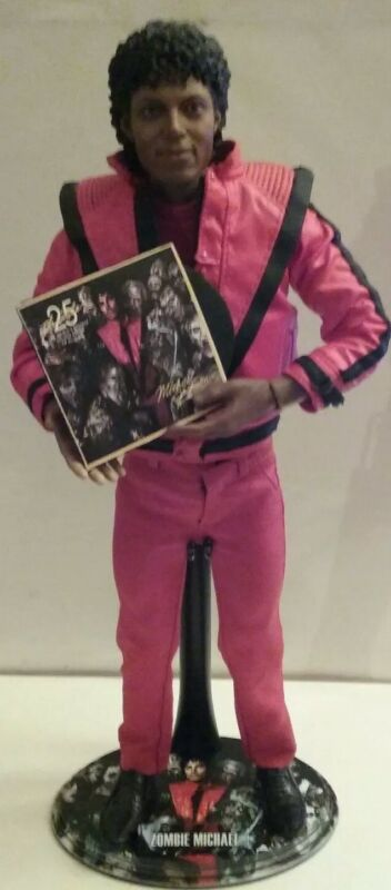 HOT TOYS MICHAEL JACKSON DOLL THRILLER PREOWNED WITH STAND ALBUM