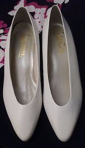 Westies Women's Shoes Pumps Heels White Leather New Size 8 M