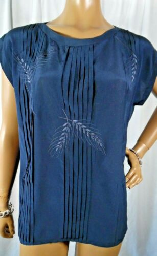 Vtg GUCCI -42/L- Navy Blue Pin-tucks Embroidery Cap Sleeves Silk Blouse Italy