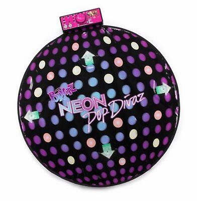 MGA Bratz Neon Pop Divaz Dance Mat