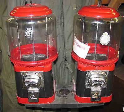 Beaver Double Head Gum Ball Machine