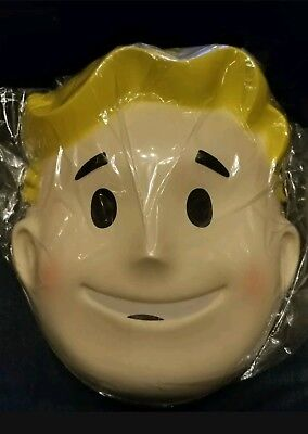 ***Authentic***Fallout Vault Boy Face Mask Bethesda Costume Cosplay (PAX West)](Fallout Vault Boy Costume)