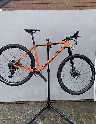 Cannondale F-Si Lefty (2019) Size Large- Excellent Condition.