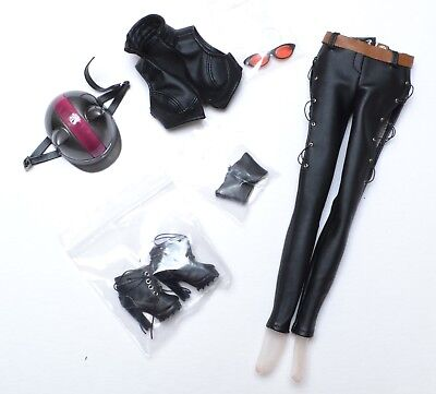 """Used, Tonner DC Gotham Catwoman, Harley & Batwoman 16"""" 3 OUTFITS & Accessories NEW  for sale  Howell"""