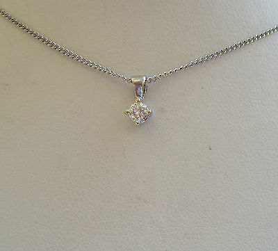 "Brand New 1/10 ct Diamond Solitaire 9ct White Gold Pendant & 18"" Chain £99.99"