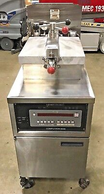 Henny Penny Pressure Deep Fryer With Computron 8000 Commercial Fryer