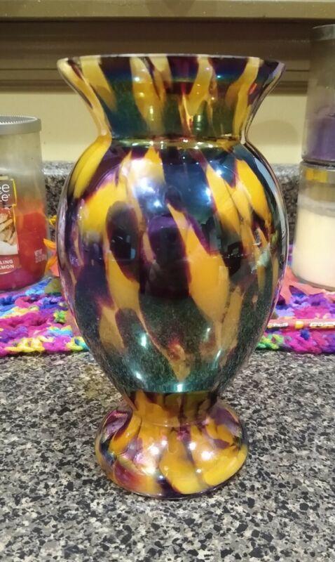 """Kralik Iridized Red White Spatter Glass Vase 7"""" marked czech"""