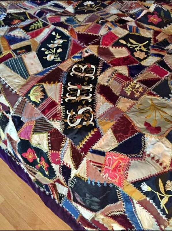 1880s Crazy Quilt EMBROIDERED VICTORIAN VELVET Very excellent condition 75 x 60