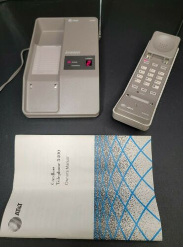 AT&T 5400 10 Channel Cordless Phone Desk/Wall Telephone Vintage Collectible