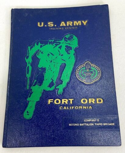 """1975 US Army Fort Ord Training Center Company """"D"""" 2nd Bn 3rd Bde Yearbook"""