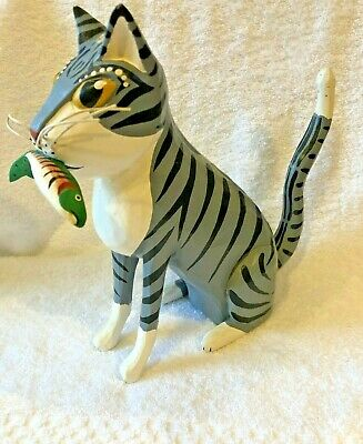 G & G HOSFELD Carved Cat w/ Fish Wood Sculpture Folk Art  **RARE** Orig. covid 19 (Cat Fishing Sculpture coronavirus)