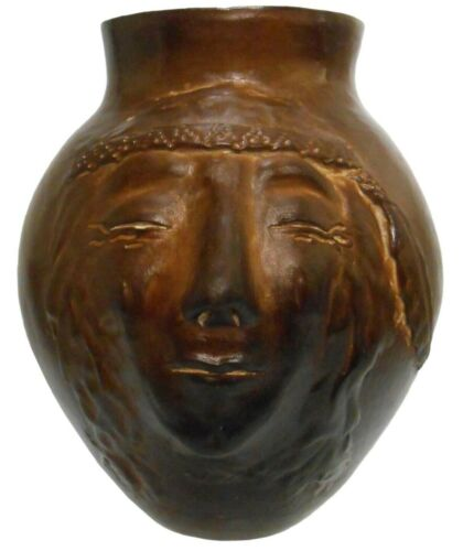 EARLY 20TH C ANTIQUE RIPPLING WATER MATTAPONI INDIAN RES SGND GLZD CER FACE VASE