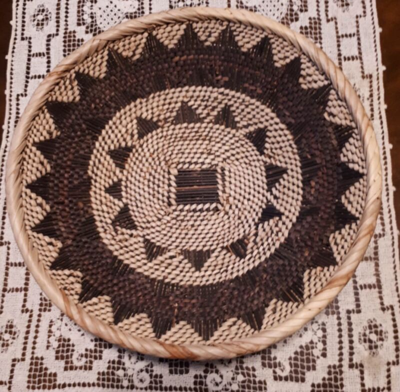 PACIFIC NORTHWEST HAND WEAVED PORCUPINE QUILL BASKET  EUC