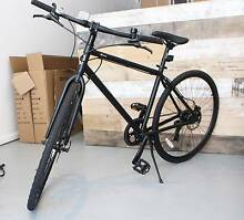 New flat bar hybrid bicycle with hydraulic disc brakes, warrany Fitzroy Yarra Area Preview