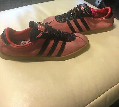 Adidas London Red/Black - UK9 - 2012