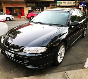 Holden SS Commodore 1998 (5 litre) Glenfield Park Wagga Wagga City Preview